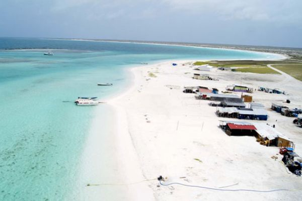 isla-la-tortuga04608B854A-3BF5-65B9-852D-8AF7A57ABB1B.jpg